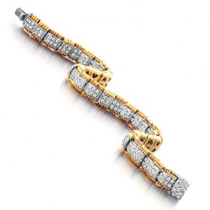 Roberto Coin Appassionata Bracelet with Diamond Center