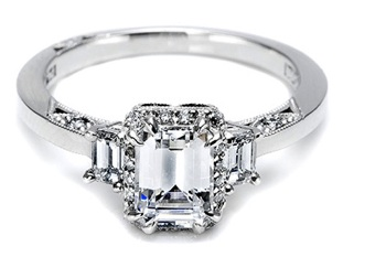 lot of vintage beauty it reminds me of grace kelly s engagement ring