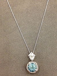 18k White Gold Diamond & Aquamarine Necklace