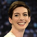 Lauren Joy as seen on Anne Hathaway!