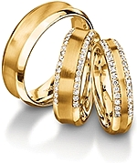 Shown here in 18k yellow gold in 7.0mm, 6.00mm with diamonds, and 4.5mm wide with diamonds; Each sold separately.