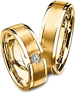 Shown here in 18k yellow gold without and with a diamond. Each sold separately.