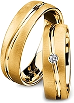 Shown here in 18k yellow gold without and with a single diamonds. Each sold separately.