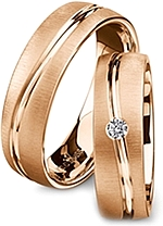 Shown here in 18k rose gold without and with a single diamonds. Each sold separately.