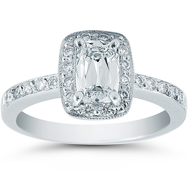 Cushion Cut Diamond Cushion Cut Diamond With Halo Setting