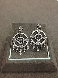 18k White Gold Diamond Chandelier Earrings