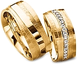 Shown here in 18k yellow gold with an without diamonds. Each sold separately.