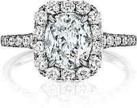 Henri Daussi Graduated Diamond Engagement Ring