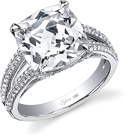 This image shows the setting with a 4.00ct cushion cut center diamond. The setting can be ordered to accommodate any shape/size diamond listed in the setting details section below.