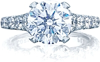 Tacori RoyalT Graduated Prong Set Diamond Engagement Ring